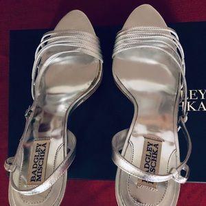 Badgley Mishcka size 10 silver shoes brand new